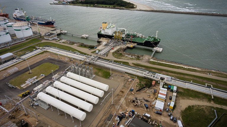 Енергийният министър на САЩ Ден Бруйет в понеделник подписа разрешение