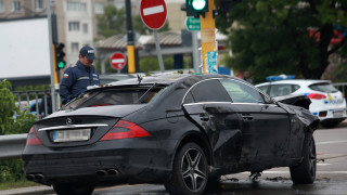 Няма задържан за тежката катастрофа в София