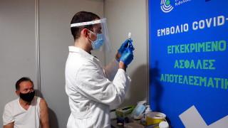"""В Гърция ще ваксинират и пенсионерите с """"АстраЗенека"""""""