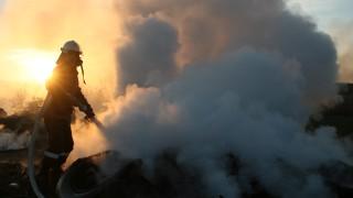 Два трактора и сеялка изгоряха в търговищкото село Алваново