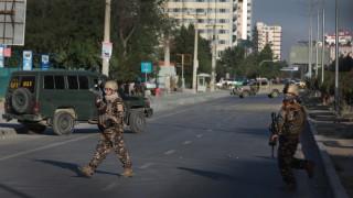 САЩ нанесоха първи удари по талибаните в Афганистан от тридневното примирие