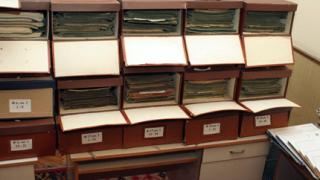 В понеделник МВР предава ДС архива си на комисията