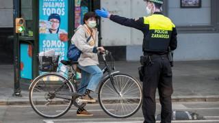300 хиляди души се връщат на работа в една от най-тежко засегнатите страни в Европа