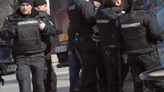 Полицията задържа 11 души по време на Дербито