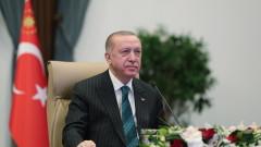 Ердоган отново си играе с огъня – турската икономика може да се срине