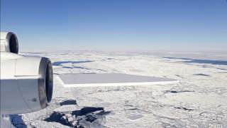 Най-големият айсберг в света се раздвижи