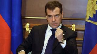 Цензурират пиеса за деца заради ръста на Медведев