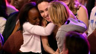 Майката на Захара моли Анджелина Джоли за контакт с детето