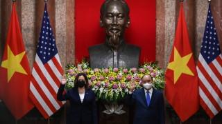 Харис предлага помощ на Виетнам срещу Китай в Южнокитайско море