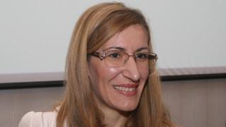 """Ангелкова доволна - няма разходи за хотелиерите ни заради туристите на """"Томас Кук"""""""