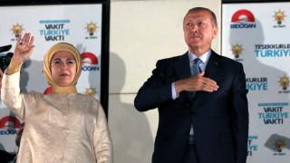 Над 100 полицаи и граничари арестувани в Турция
