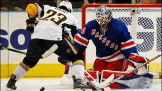 Бъфало сломи НЙ Рейнджърс в оувъртайма за 19-я си успех в НХЛ