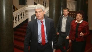 КНСБ иска вноските за безработица да се събират в частни фондове