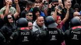 Топшпионинът на Германия оборва Меркел, че е имало атаки срещу имигранти в Кемниц