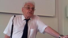 Шрамайер: Българите избират партии, които се провалят опитите за правова демокрация