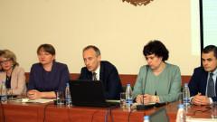 Държавата поема командироване на учители в българските неделни училища
