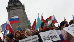 Младежки патрули поемат охраната на паметника на Съветската армия