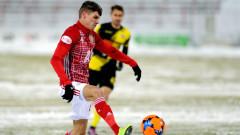 В Англия: Кирил Десподов от ЦСКА е вълнуващ футболист