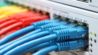 Решението за отмяна на интернет неутралността в САЩ влиза в сила след 60 дни