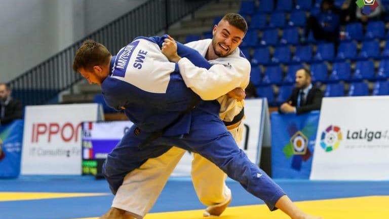 Борис Георгиев победи сребърен медалист от Олимпийски игри, ще спори за медал в Чехия