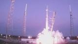 SpaceX изведе в космоса 60 микроспътника на Starlink