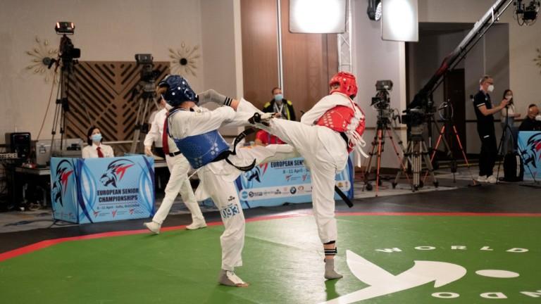 Илина Иванова се класира за полуфинал на Европейското по таекуондо
