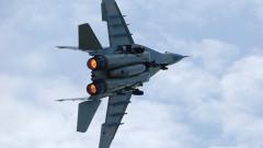 МиГ-29 на Русия вдигнат срещу шпионски самолет на Великобритания над Баренцово море