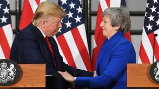 """Тръмп подкрепи Брекзит и поиска """"феноменална"""" търговска сделка с Великобритания"""
