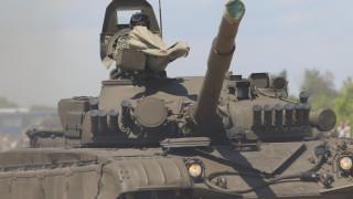 "Танкистите тренират с Т-72 на полигона ""Ново село"""