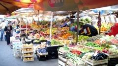 Женският пазар става красива пешеходна зона с цветя