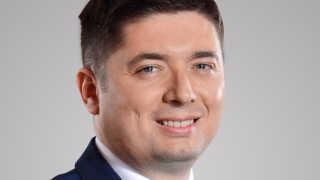 Македонец поема управлението на финансите на Мтел
