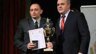 Шефът на ПБЗН - Благоевград стана пожарникар на годината