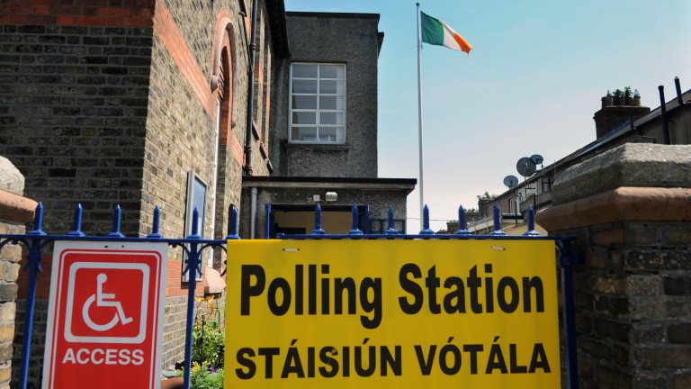 С висока избирателна активност и при очаквана победа на поддръжниците