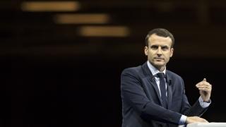 Макрон склонен да удари Асад