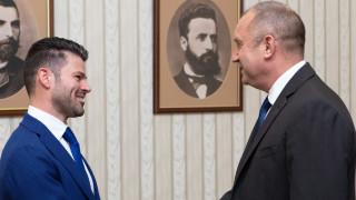 Румен Радев иска икономика с висока добавена стойност