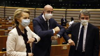 Бюджетът е трудно хапче за поглъщане, но го подкрепете, зоват евролидери ЕП