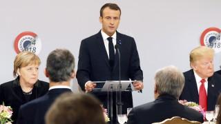 """Франция нападна Тръмп, трябвало е да покаже """"елементарно приличие"""""""
