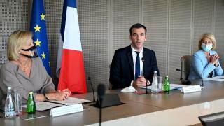 Без ваксина 4-та Covid вълна ще е цунами, предупреди Франция