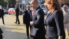 Румен Радев влезе в парламента с надеждата за редовно правителство