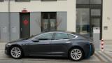 Само VW Golf изпреварва Tesla Model 3 по продажби в Европа