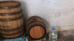 """Намериха над 1 тон алкохол в два """"казана"""" около Поморие"""