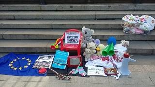 Бащи отново протестират за равни родителски права