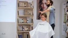 Деси Банова изпробва веган терапия за коса