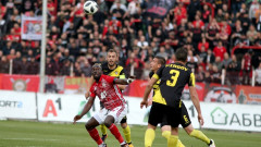 Тонев и Карачанаков се завръщат за Ботев (Пловдив) срещу ЦСКА