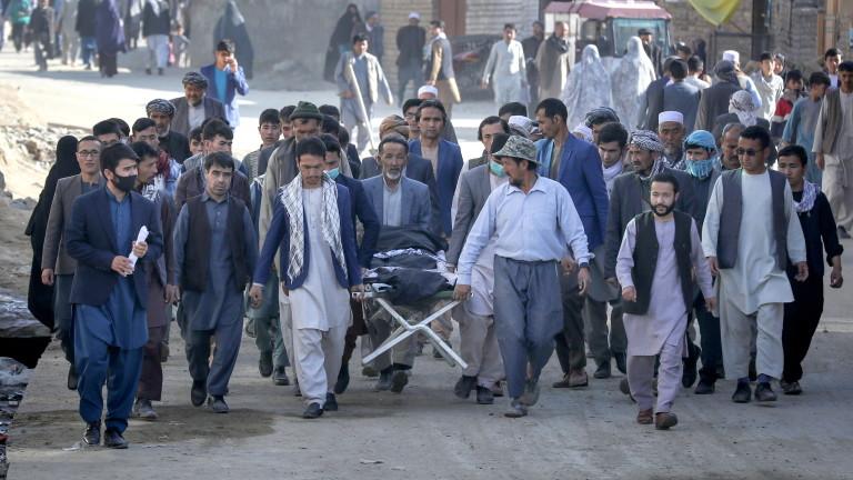 Броят на жертвите Кабул е нараснал до 68, а ранените