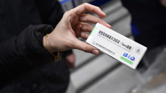 Унгария първа в ЕС започна да имунизира с китайска ваксина, похвали се Орбан