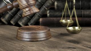 Съдът решава за ареста на Велеви