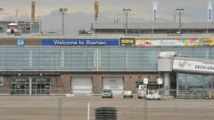 Самолет излезе от пистата на летището в Бремен