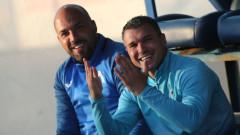 Николай Михайлов и Валери Божинов неразделни и на резервната скамейка