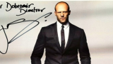 Джейсън Стейтъм даде автограф на български лекар